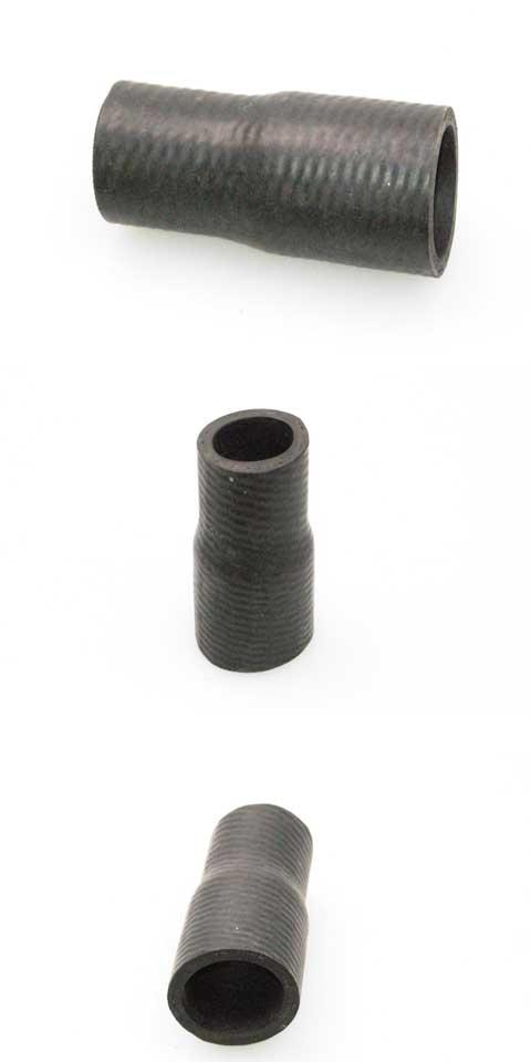 Łącznik  gum.Fi21,5xFi26,5x61  pompy  wody  SC.142/43